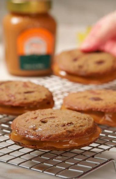 Sanduíche de Cookies com Doce de Leite